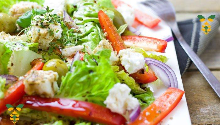 Balsamic chicken salad mixed veggies